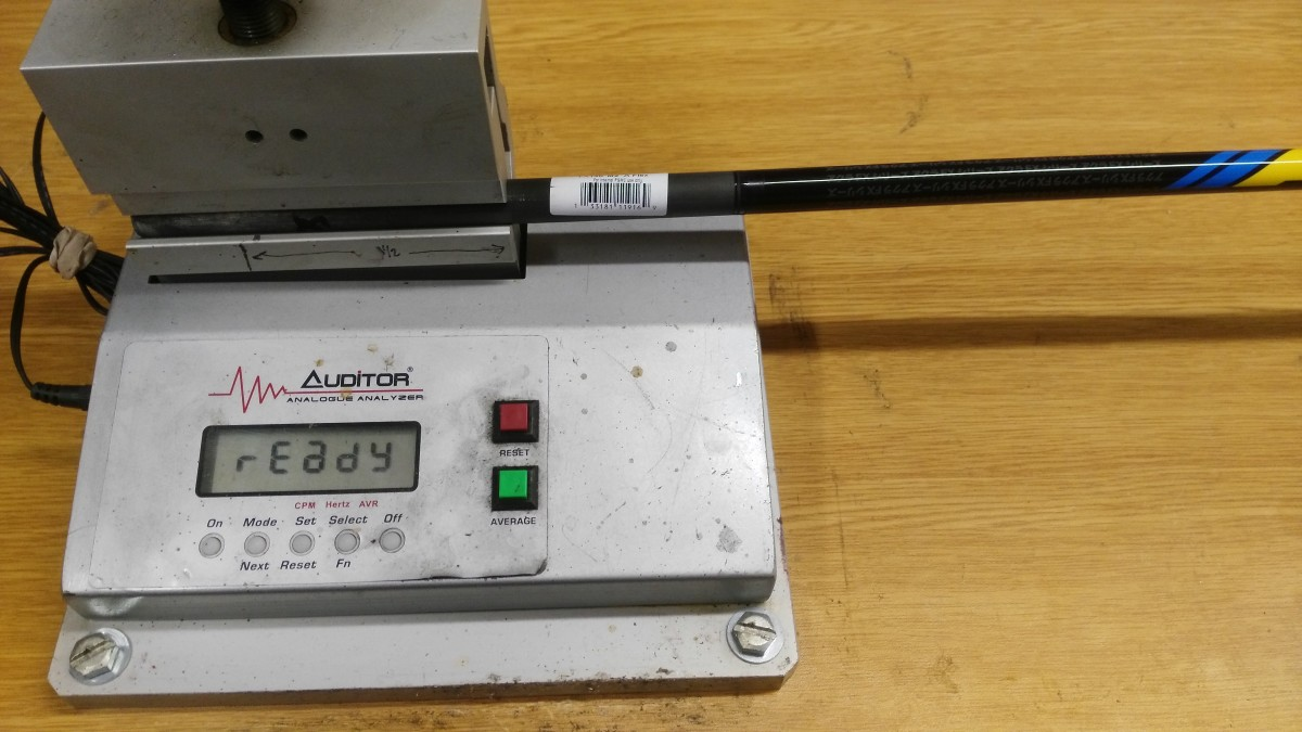 Shaft frequency analyser